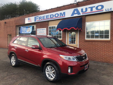2014 Kia Sorento for sale at FREEDOM AUTO LLC in Wilkesboro NC