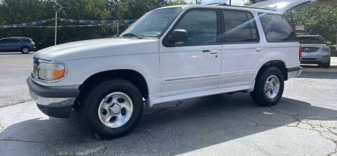 1998 Ford Explorer for sale at Howard Johnson's  Auto Mart, Inc. in Hot Springs AR