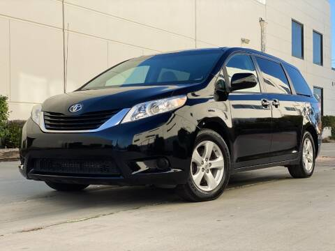 2014 Toyota Sienna for sale at New City Auto - Retail Inventory in South El Monte CA