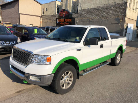 2004 Ford F-150 for sale at STEEL TOWN PRE OWNED AUTO SALES in Weirton WV