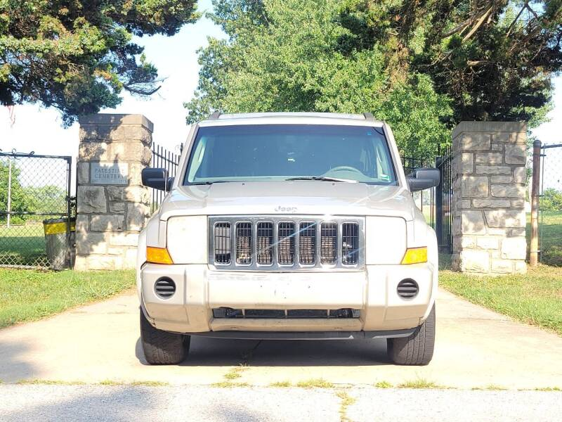 2007 Jeep Commander for sale at Blue Ridge Auto Outlet in Kansas City MO
