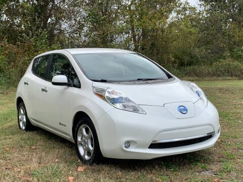 2013 Nissan LEAF for sale at Essen Motor Company, Inc in Lebanon TN