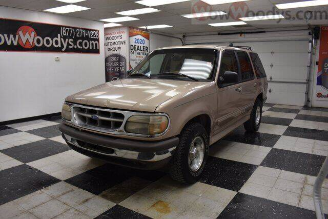 1995 Ford Explorer for sale at WOODY'S AUTOMOTIVE GROUP in Chillicothe MO