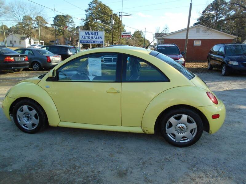 2000 Volkswagen New Beetle for sale at W & D Auto Sales in Fayetteville NC