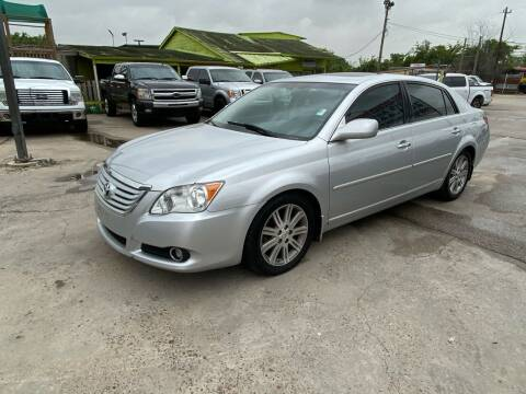 2009 Toyota Avalon for sale at RODRIGUEZ MOTORS CO. in Houston TX