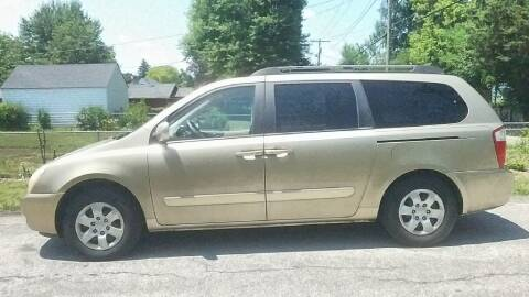 2006 Kia Sedona for sale at REM Motors in Columbus OH