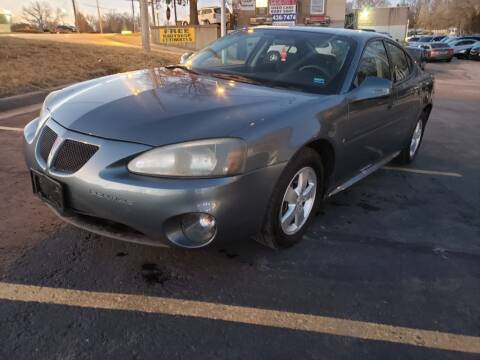 2007 Pontiac Grand Prix for sale at Used Auto LLC in Kansas City MO