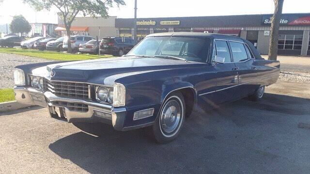 1967 Cadillac Fleetwood for sale at Naperville Auto Haus Classic Cars in Naperville IL