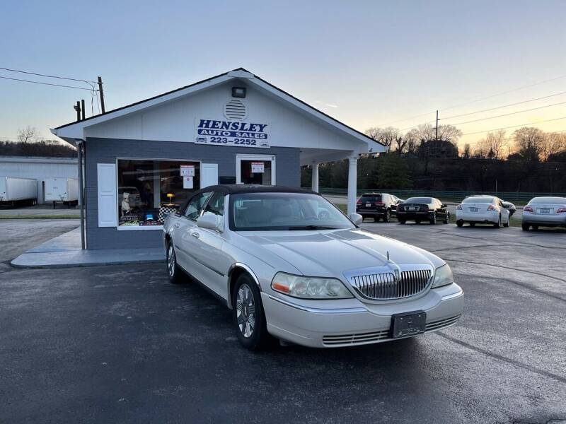 2004 Lincoln Town Car for sale at Hensley Auto Sales in Frankfort KY