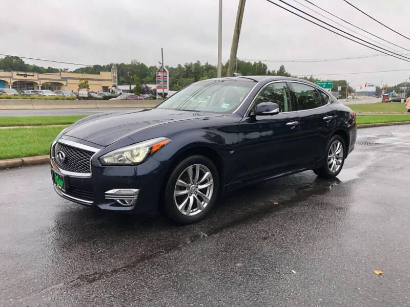 2018 Infiniti Q70 for sale at iCar Auto Sales in Howell NJ