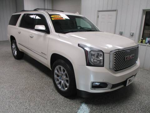 2015 GMC Yukon XL for sale at LaFleur Auto Sales in North Sioux City SD