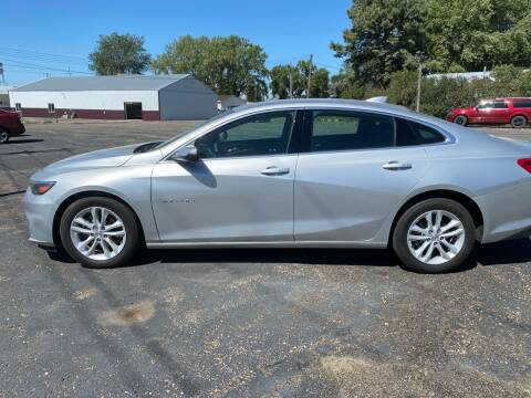 2018 Chevrolet Malibu for sale at Diede's Used Cars in Canistota SD