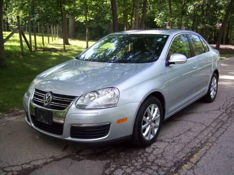 2010 Volkswagen Jetta for sale at Edgewater of Mundelein Inc in Wauconda IL