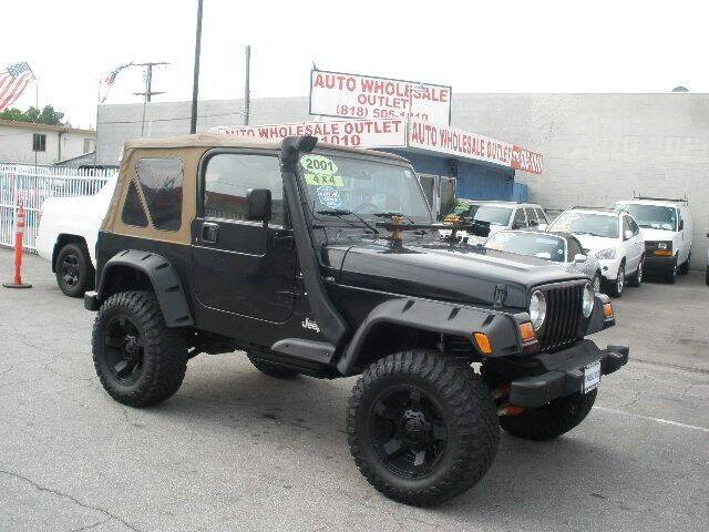 2001 Jeep Wrangler for sale at AUTO WHOLESALE OUTLET in North Hollywood CA