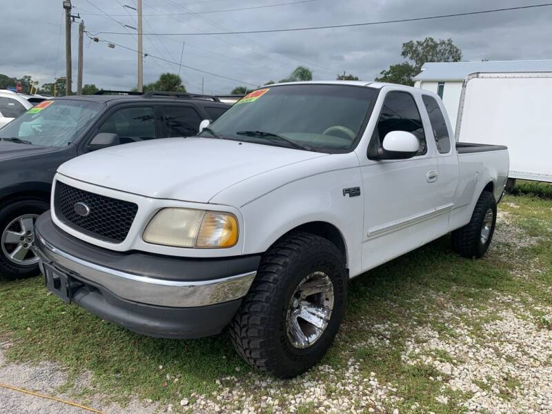 2001 Ford F-150 for sale at EXECUTIVE CAR SALES LLC in North Fort Myers FL