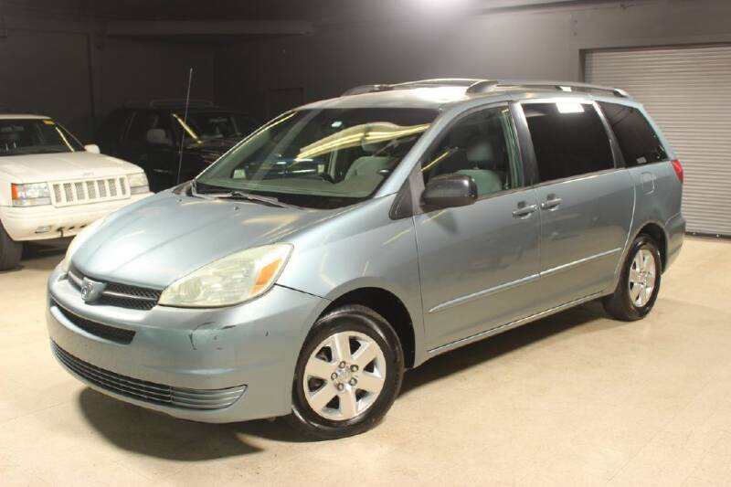 2004 Toyota Sienna for sale at AUTOLEGENDS in Stow OH