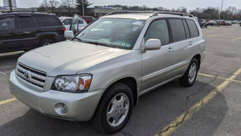 2006 Toyota Highlander for sale at Kidron Kars INC in Orrville OH