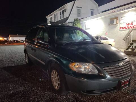 2001 Chrysler Voyager for sale at Reyes Automotive Group in Lakewood NJ