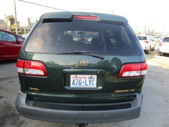 2001 Toyota Sienna for sale at G&R Auto Sales in Lynnwood WA