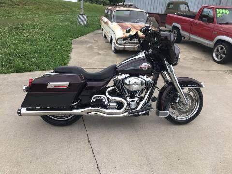 2006 Harley-Davidson FLHTCUI for sale at HIGHWAY 12 MOTORSPORTS in Nashville TN