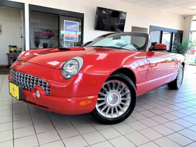 2005 Ford Thunderbird for sale at SAINT CHARLES MOTORCARS in Saint Charles IL