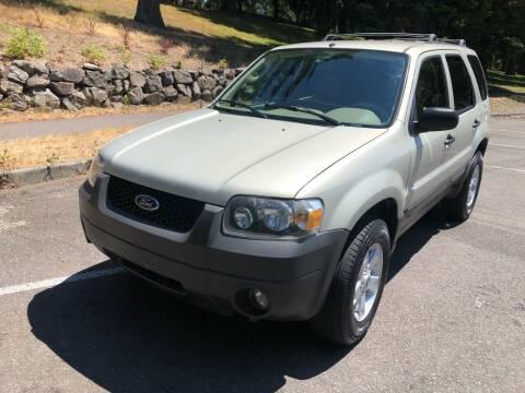 2005 Ford Escape for sale at Washington Auto Sales in Tacoma WA