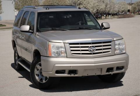 2005 Cadillac Escalade for sale at Big O Auto LLC in Omaha NE