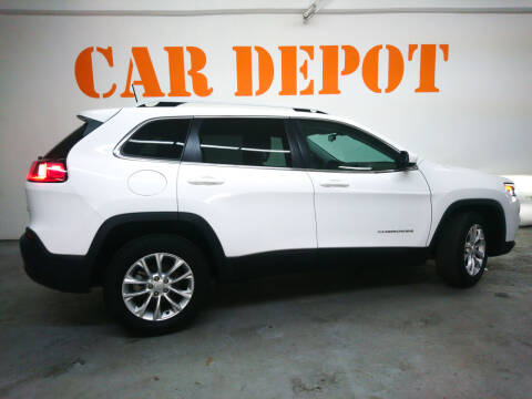 2019 Jeep Cherokee for sale at Car Depot in Miramar FL
