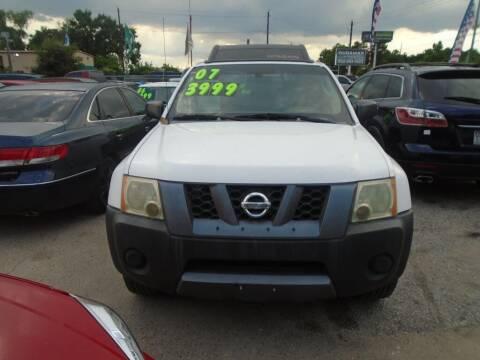 2007 Nissan Xterra for sale at SCOTT HARRISON MOTOR CO in Houston TX
