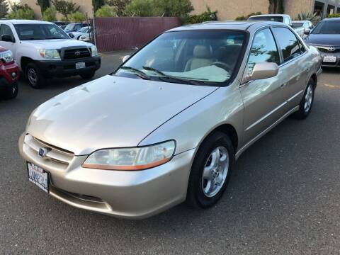 2000 Honda Accord for sale at C. H. Auto Sales in Citrus Heights CA