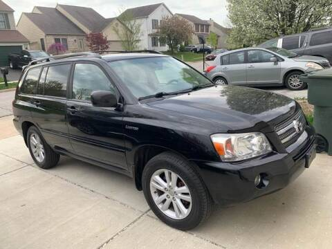 2006 Toyota Highlander Hybrid for sale at Via Roma Auto Sales in Columbus OH