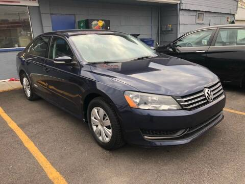 2014 Volkswagen Passat for sale at Wise Investments Auto Sales in Sellersburg IN