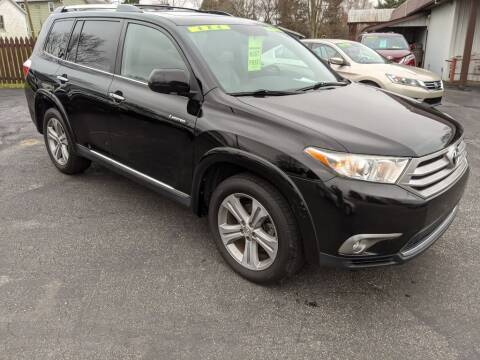 2012 Toyota Highlander for sale at Kidron Kars INC in Orrville OH
