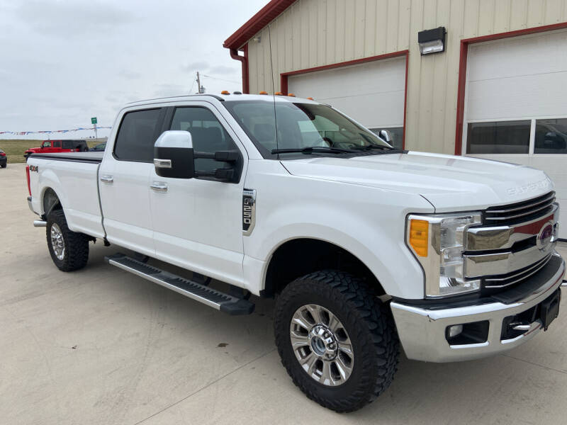 2017 Ford F-250 Super Duty for sale at SCOTT LEMAN AUTOS in Goodfield IL