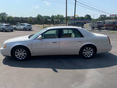 2008 Cadillac DTS for sale at Car Connection in Little Rock AR