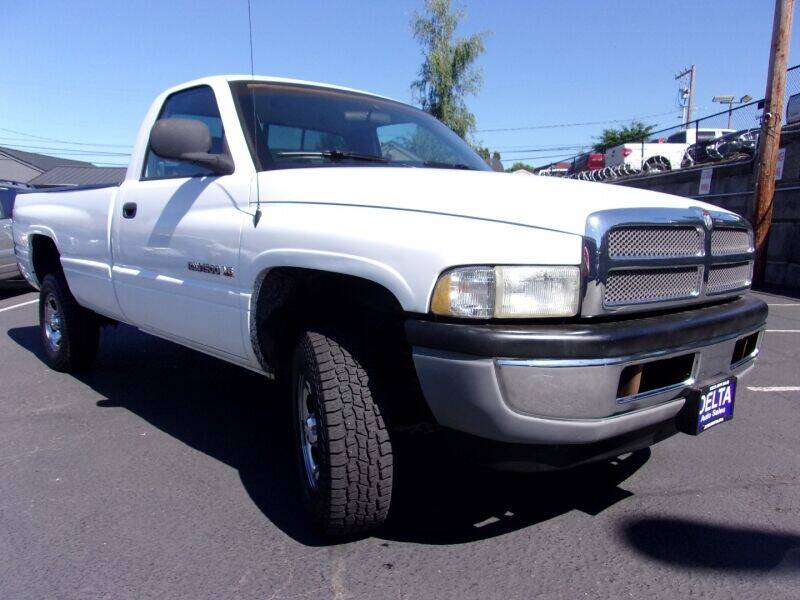 2000 Dodge Ram Pickup 1500 for sale at Delta Auto Sales in Milwaukie OR