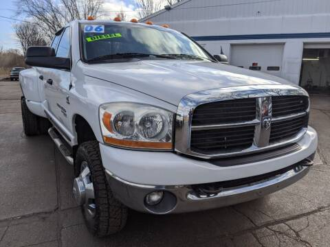 2006 Dodge Ram Pickup 3500 for sale at GREAT DEALS ON WHEELS in Michigan City IN