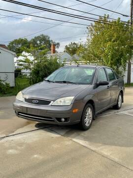 2007 Ford Focus for sale at Suburban Auto Sales LLC in Madison Heights MI