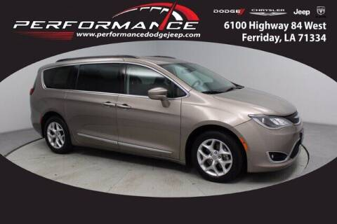 2017 Chrysler Pacifica for sale at Performance Dodge Chrysler Jeep in Ferriday LA