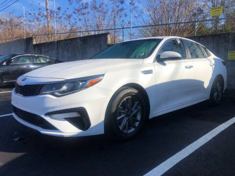2019 Kia Optima for sale at Beckham's Used Cars in Milledgeville GA