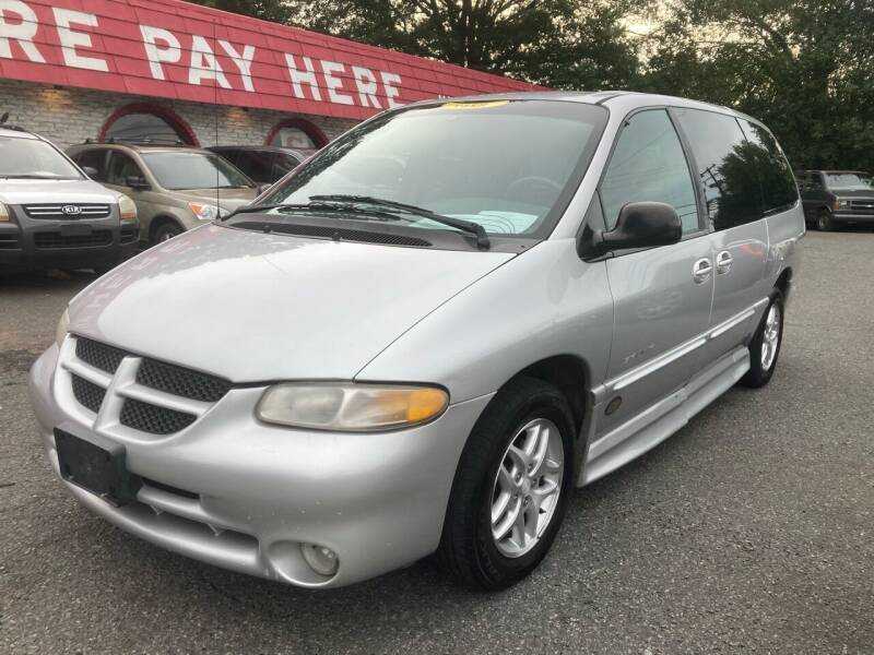 2000 Dodge Grand Caravan for sale at Ace Auto Brokers in Charlotte NC