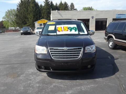 2010 Chrysler Town and Country for sale at Dun Rite Car Sales in Downingtown PA