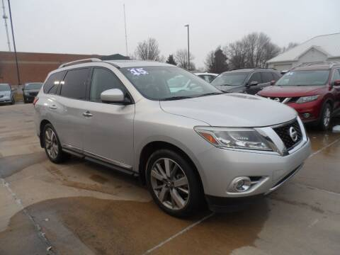 2015 Nissan Pathfinder for sale at America Auto Inc in South Sioux City NE