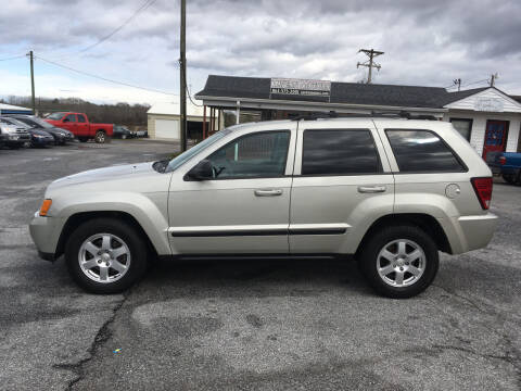 2008 Jeep Grand Cherokee for sale at TAVERN MOTORS in Laurens SC