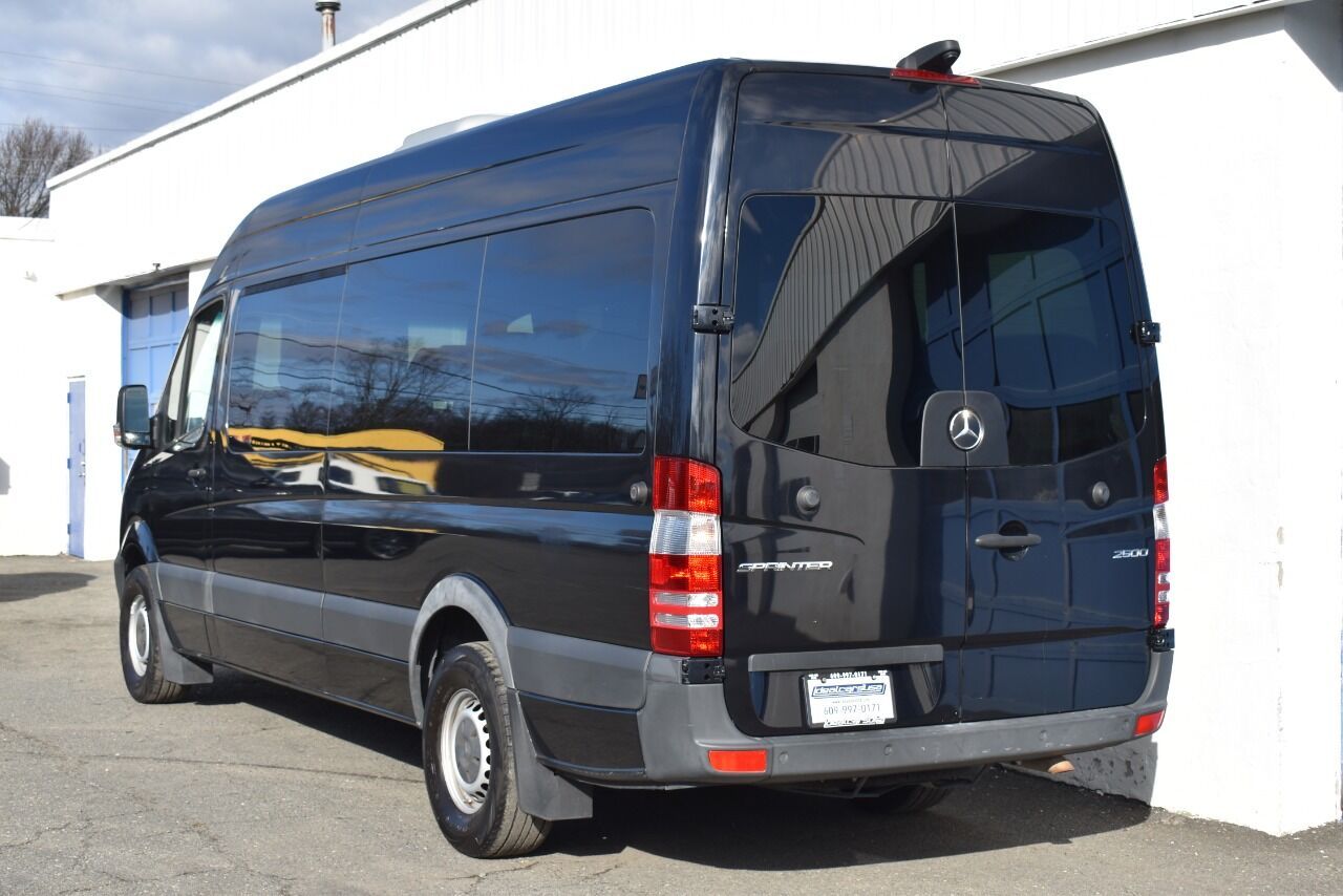 2017 Mercedes-Benz Sprinter Passenger 2500 4×2 3dr 170 in. WB High Roof Passenger Van (3.0L V6) full