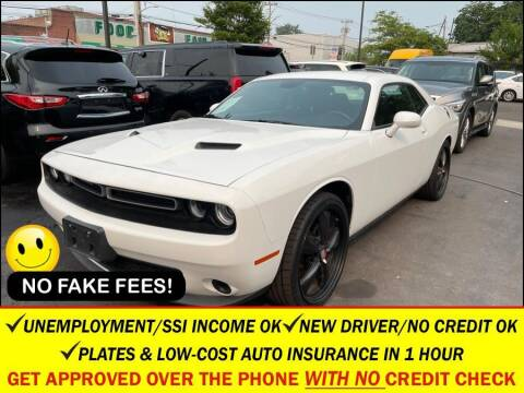 2016 Dodge Challenger for sale at AUTOFYND in Elmont NY