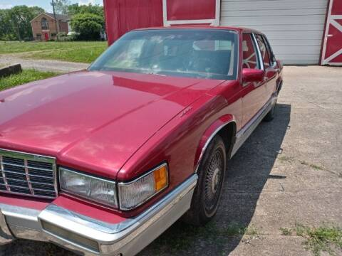 """1992 Cadillac DeVille for sale at MIDWESTERN AUTO SALES        """"The Used Car Center"""" in Middletown OH"""