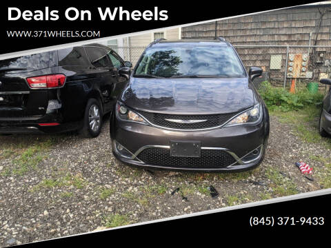 2018 Chrysler Pacifica for sale at Deals on Wheels in Suffern NY