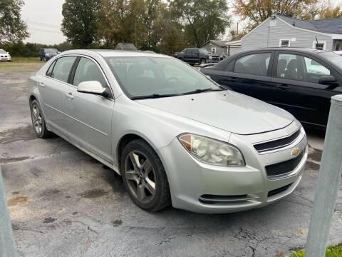 2009 Chevrolet Malibu for sale at HEDGES USED CARS in Carleton MI