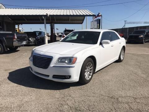 2013 Chrysler 300 for sale at RIVERCITYAUTOFINANCE.COM in New Braunfels TX